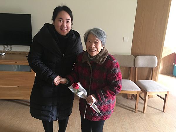 """中建三局二公司预祝""""一暄康养""""的奶奶们三八节快乐 (8)"""