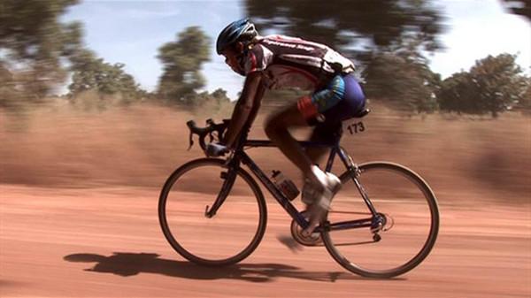 成都养老院一暄康养提醒骑自行车健身我们常见的误区(1)-骑车1