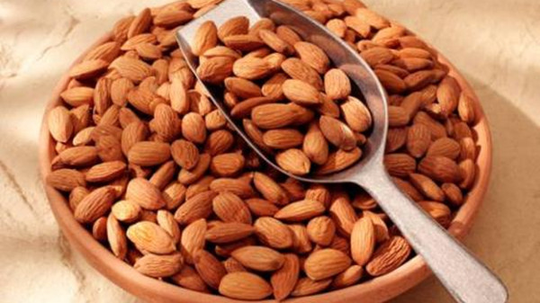 成都养老院经验分享:可以预防癌症的食物和蔬菜——杏仁
