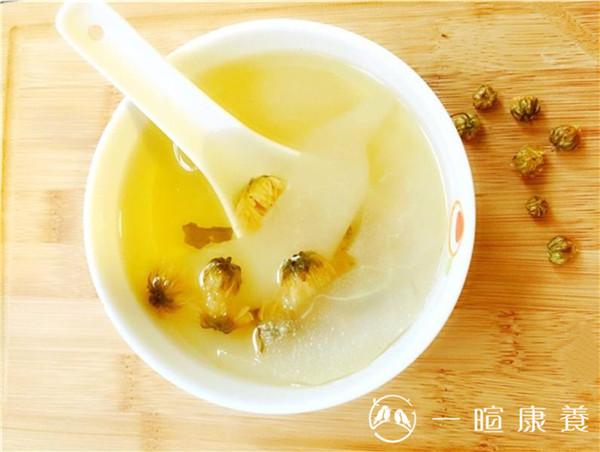 雪梨菊花养生汤