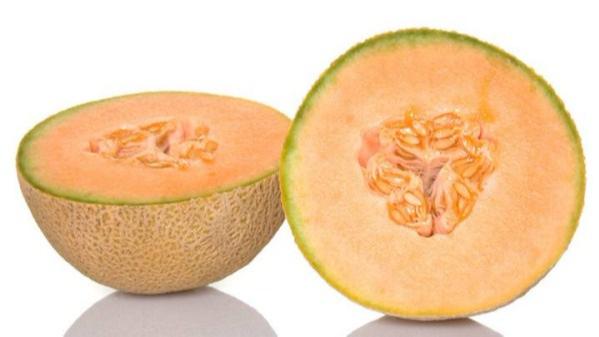成都养老院夏季水果养生经验分享:利于解暑降温的水果推荐