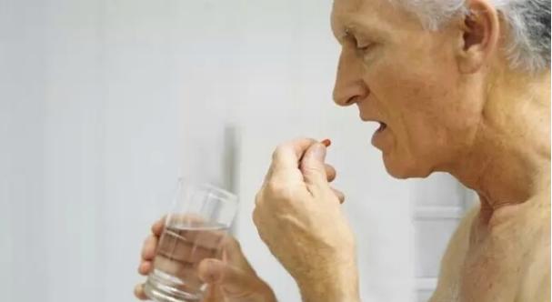 成都养老院|老人用药禁忌多,一暄教您如何在正确的时间服药(下)