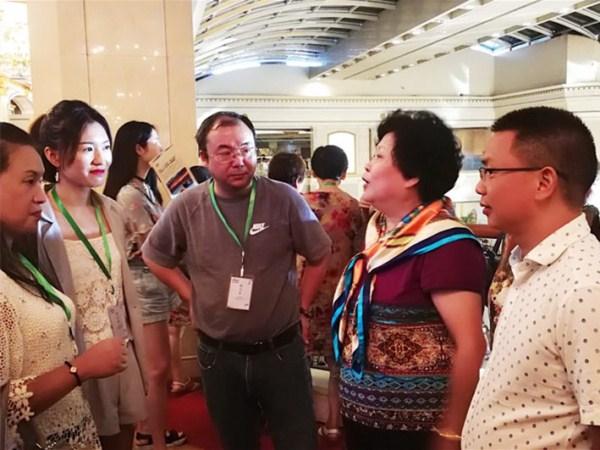 嘉宾讨论木棉湖产品