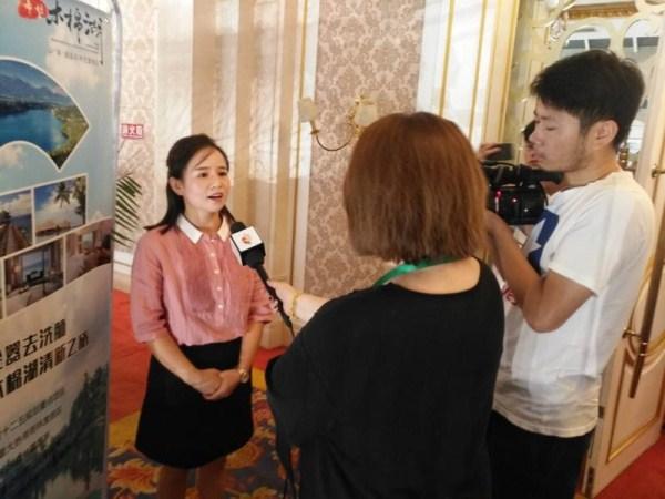 一暄科技有限责任公司总经理黄菲女士接受媒体采访