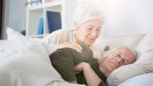 成都养老院一暄康养教您如何给中老年人买睡衣(三)2