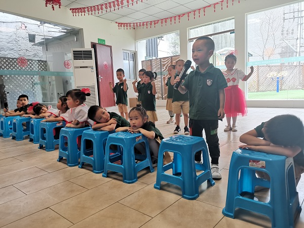 幼儿园表演节目