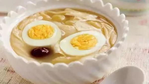 成都金牛区养老院教您做鸡蛋糖水和红酒鸡蛋茶图2