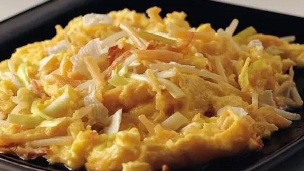 成都金牛区养老院教您做豆腐炒鸡蛋和鲜奶炒鸡蛋图3