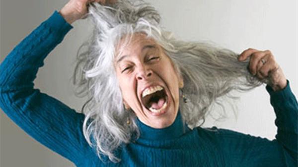 预防头发变白的方法,成都养老院一暄康养为您分享(一)-常换发型