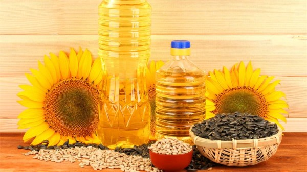 成都羊犀立交附近的高端养老机构一暄康养为您介绍常用植物油的种类及功效-红花子油
