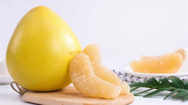 适合高龄老人吃的水果,成都养老院一暄康养为您介绍-柚子