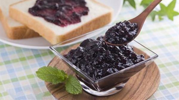 成都养老院一暄康养分享一种夏季水果——蓝莓(四)2