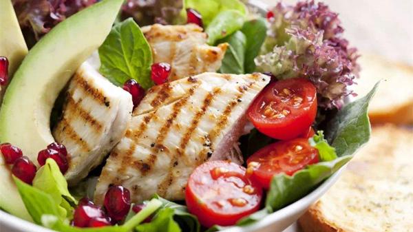 老人长期吃素并不好,成都养老院和您唠一唠-营养均衡