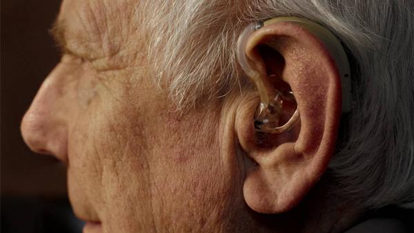 老人如何保护听力?成都金牛区养老院一暄康养为您分享-保护听力