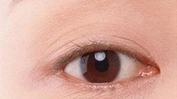 成都金牛区养老院一暄康养提醒在家也能自己做体检(4)-眼皮1