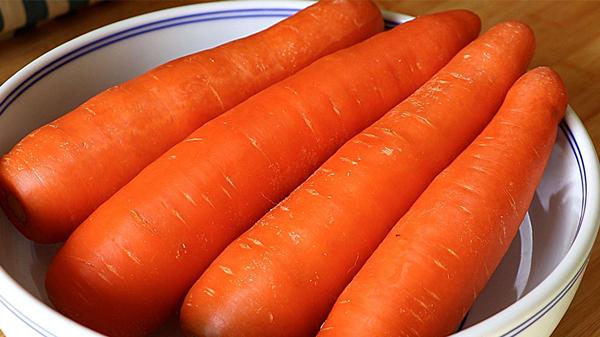 成都金牛区养老院一暄康养分享食材大百科-胡萝卜