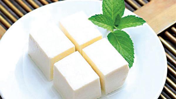 成都青羊区养老院-一暄康养推荐老年人的营养食谱-豆腐2
