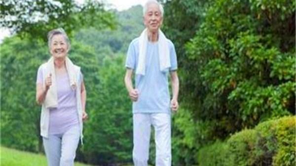 一暄康养告诉您:有慢性病的老人,宜做哪些运动?|跑步