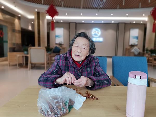 为什么越来越多的老人选择入住成都金牛区养老院?4