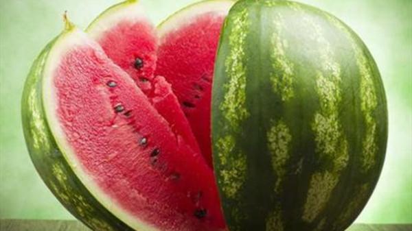成都养老院一暄康养提醒胃寒不能吃的水果(2)-西瓜1