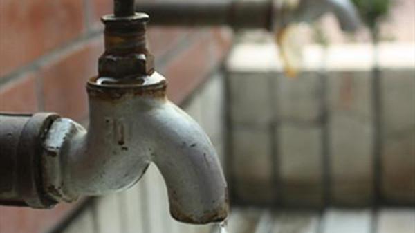 成都金牛区养老院一暄康养提醒女性晨起保健禁忌喝的水(4)-自来水2