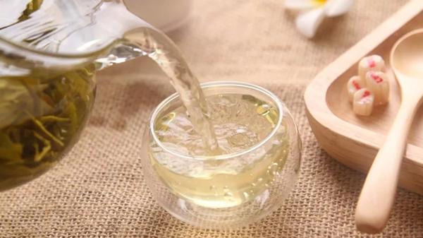 成都金牛区养老院一暄康养经验分享:夏天以热养生才健康(一)-热茶