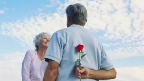成都金牛区养老院告诉您老年人长期失眠的危害图片3