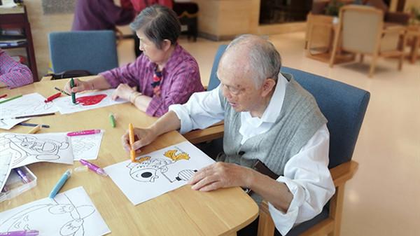 成都金牛养老院揭秘涂色对老人有哪些好处
