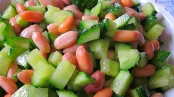 成都养老院一暄康养提醒黄瓜与什么食物同吃会降低营养(2)-黄瓜花生1