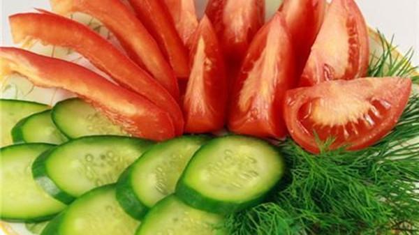成都养老院一暄康养提醒黄瓜与什么食物同吃会降低营养(1)-黄瓜西红柿1