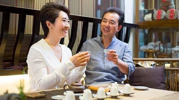 成都养老院一暄康养教您冬季怎样喝茶 (2)