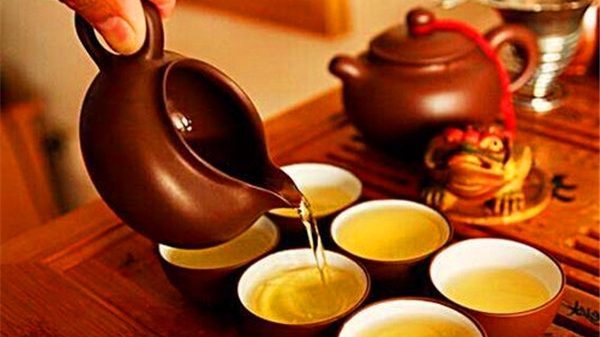 成都养老院一暄康养教您冬季怎样喝茶 (4)