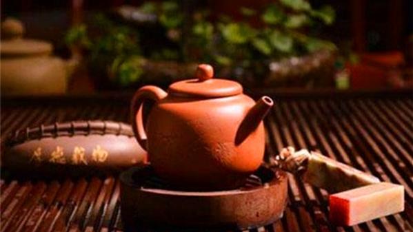 成都养老院一暄康养教您冬季怎样喝茶(四-3)