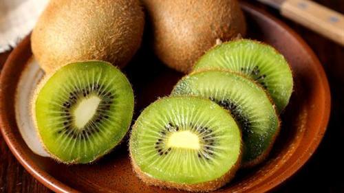 成都金牛区养老院一暄康养提醒9种水果可以肝脏护理(2)-猕猴桃2
