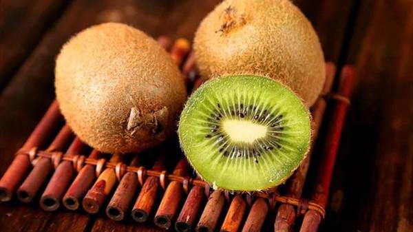 成都养老院一暄康养提醒9种水果可以肝脏护理(2)-猕猴桃1