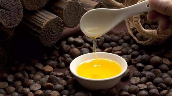 6种健康食用油,成都金牛区养老院提醒老年人要牢记(一)-茶油