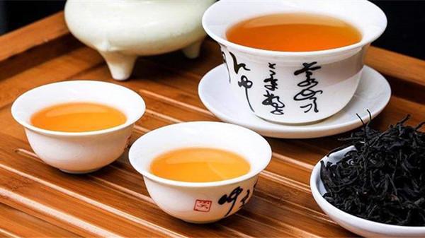 成都金牛养老院一暄康养带您了解饭后喝茶对身体有什么副作用-喝茶2