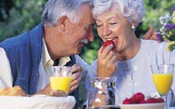成都养老院经验雨季老年人慎防五种病——防肠胃疾病