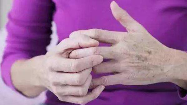 成都养老院经验雨季老年人慎防五种病——防风湿病