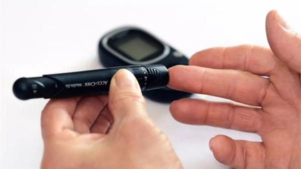 成都医养结合养老院一暄康养教您生活小妙招,避免低血糖