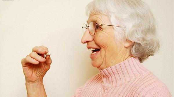 成都养老院一暄康养分享服用降压药有六防(一)2