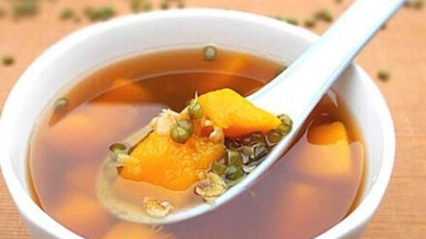 成都金牛区养老院夏季美食推荐南瓜绿豆汤3