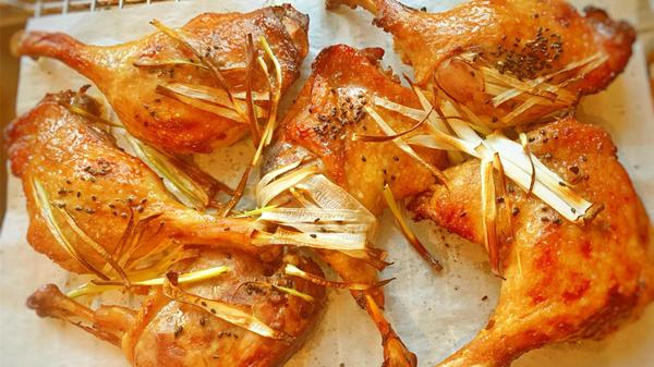 美味鸭肉的10种做法,成都养老院教您制作(四)-奥尔良烤鸭