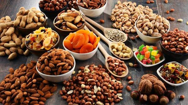 成都养老院一暄康养提醒六种情况下吃的坚果等于服毒(1)-坚果3