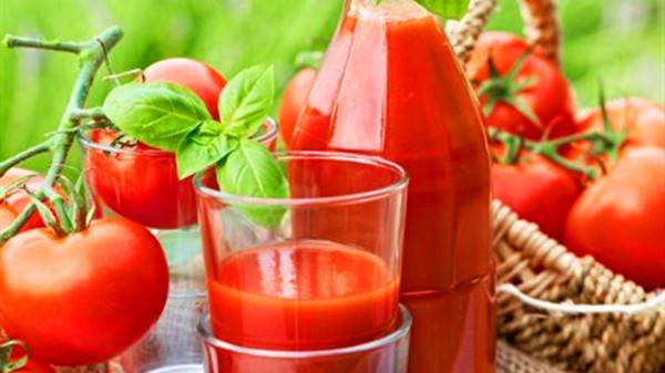 成都青羊区养老院一暄康养分享番茄汁在生活中的妙用