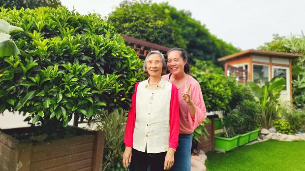 成都养老院一暄康养推荐适合老年人的运动-散步