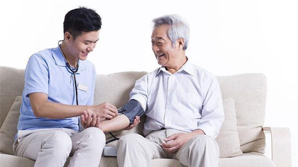 血压计你会用吗?成都养老院一暄康养这样用(一)1