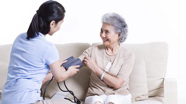 血压计你会用吗?成都养老院一暄康养这样用(二)1