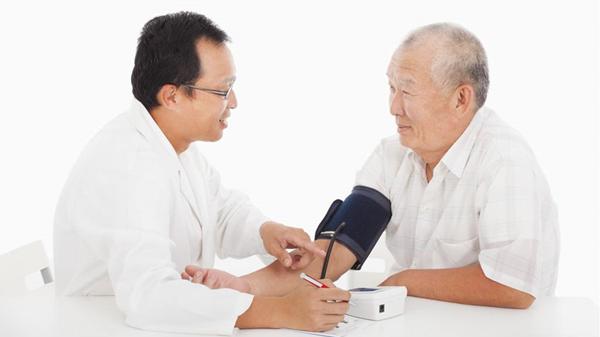 血压计你会用吗?成都养老院一暄康养这样用(四)