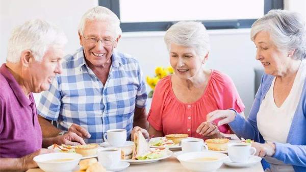 成都养老院温馨提示:脑供血不足不是病,多多注意不发病-饮食均衡
